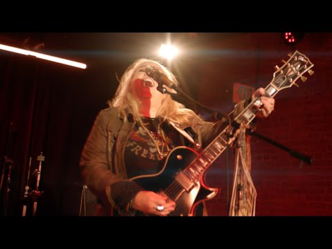 Melissa Etheridge - As Cool As You Try (Music Video)