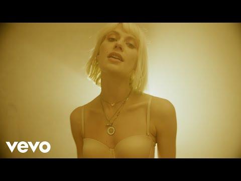 Alli Neumann - Madonna Wh0r3 Komplex (Official Video)