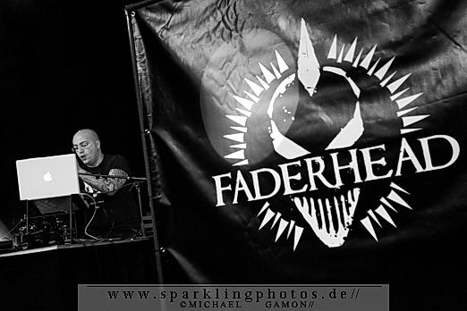 2010-12-27_Faderhead_-_Bild_001x.jpg