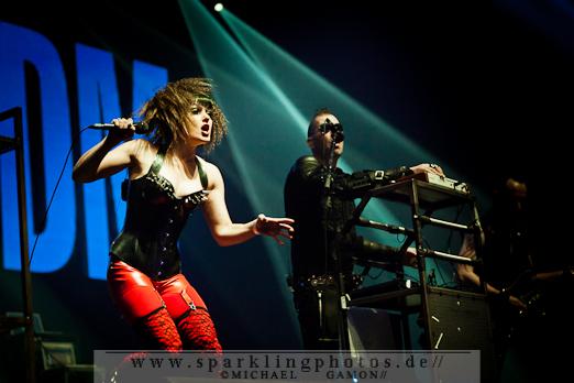 2011-10-30_Sinners_Day_-_KMFDM_-_Bild_014x.jpg