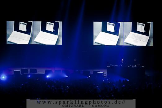 2011-10-30_Sinners_Day_-_Karl_Bartos_-_Bild_002x.jpg