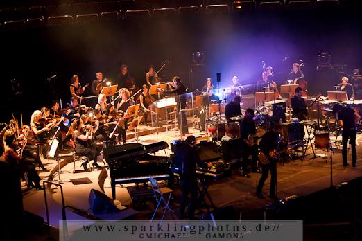 2011-11-11_Archive_mit_Orchester_-_Bild_001x.jpg