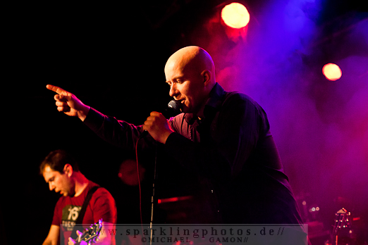 CUSTOMS  /  FOOLS OF LIBERTY - NL-Venlo, Perron 55 (13.01.2012)