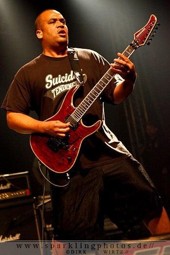 2012-01-21_Suicidal_Tendencies_-_Bild_005.jpg
