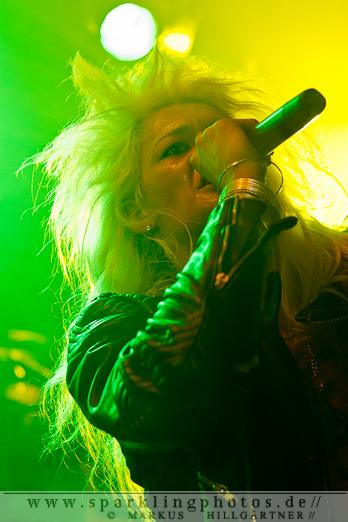 2012-06_Parkcity_Live_Kissin_Dynamite_Bild_005.jpg
