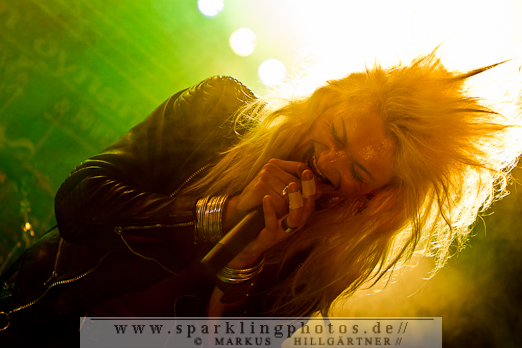 2012-06_Parkcity_Live_Kissin_Dynamite_Bild_008.jpg
