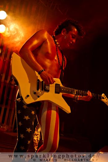 2012-06_Parkcity_Live_Kissin_Dynamite_Bild_009.jpg
