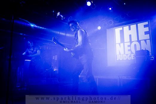2012-09-14_DYR_-_The_Neon_Judgement_-_Bild_004x.jpg