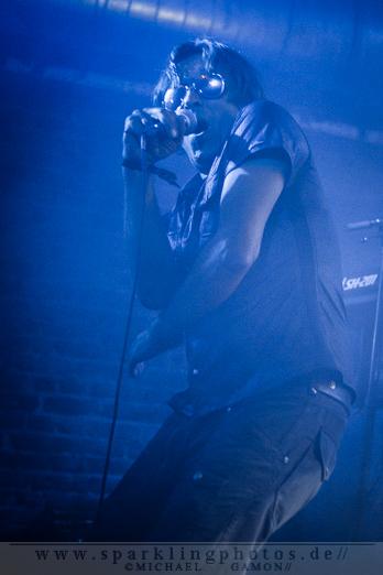 2012-09-14_DYR_-_The_Neon_Judgement_-_Bild_005x.jpg