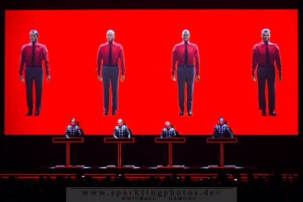 2013-01-12_Kraftwerk_-_Bild_001x.jpg