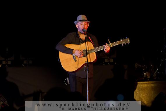 NELLY FURTADO, DYLAN MURRAY & CELIA PALLI - Köln, Theater am Tanzbrunnen (05.03.2013)
