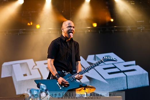 Preview : DANKO JONES im Mai 2013 auf Deutschlandtour - Vorher noch Konzertflatrate gewinnen?!