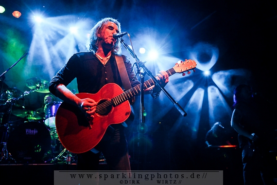 NEW MODEL ARMY / TRAVELS & TRUNKS - Dortmund, FZW (26.04.2013)
