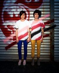 Tegan_And_Sara_New_Picture.jpg