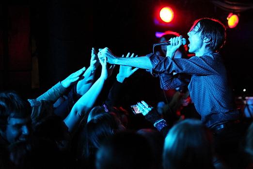 Preview : Britpop-Ikone SUEDE meldet sich zurück auf deutschen Bühnen