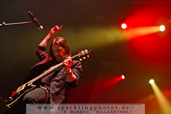2013-11-04_Alter_Bridge_-_Bild_001.jpg