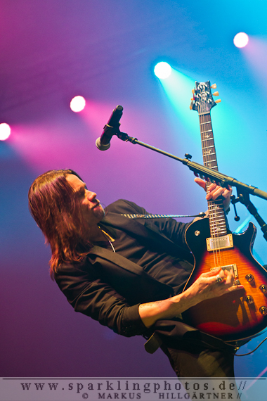 2013-11-04_Alter_Bridge_-_Bild_018.jpg