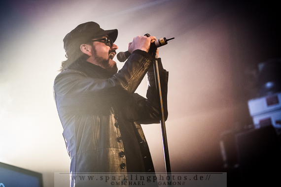 FIELDS OF THE NEPHILIM & MERCIFUL NUNS - Köln, Live Music Hall (01.12.2013)