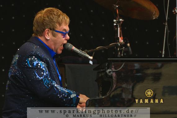2014-07-20_Elton_John_-_Bild_002.jpg