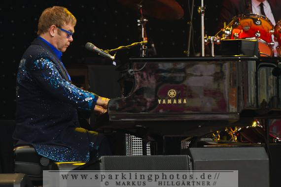 2014-07-20_Elton_John_-_Bild_009.jpg
