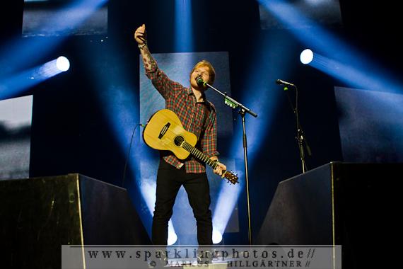 2014-11-05_Ed_Sheeran_-_Bild_001.jpg