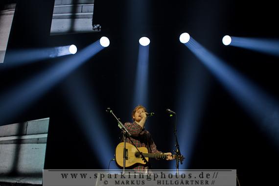 2014-11-05_Ed_Sheeran_-_Bild_004.jpg