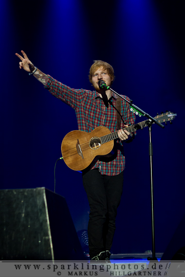 2014-11-05_Ed_Sheeran_-_Bild_010.jpg