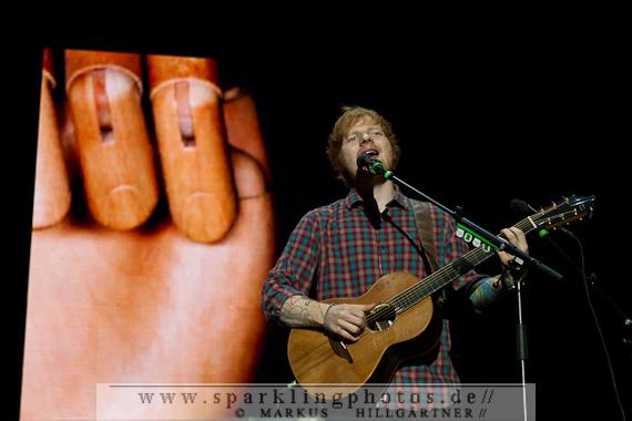 2014-11-05_Ed_Sheeran_-_Bild_012.jpg