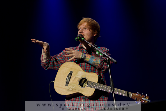 2014-11-05_Ed_Sheeran_-_Bild_013.jpg