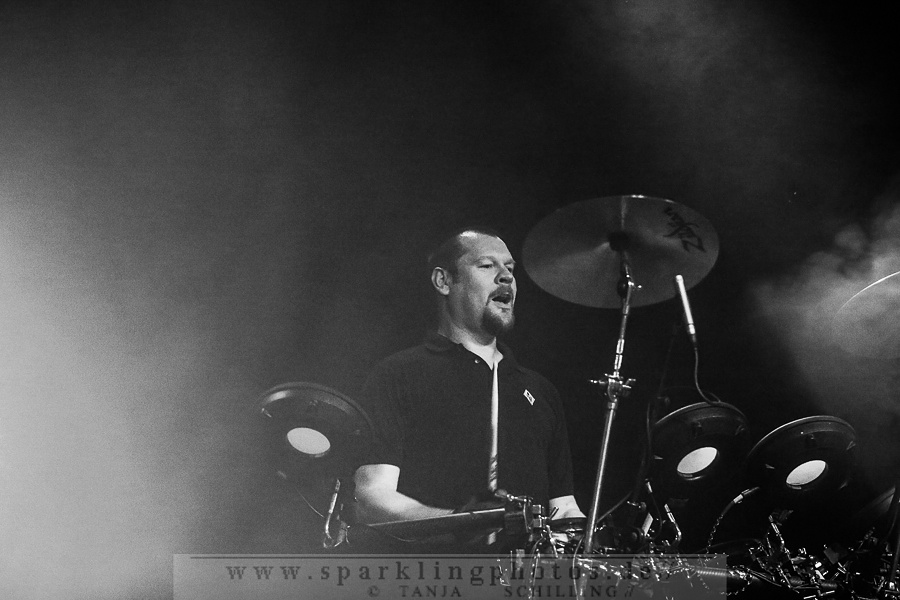 2015-03-28_VNV_Nation_-_Bild_002.jpg