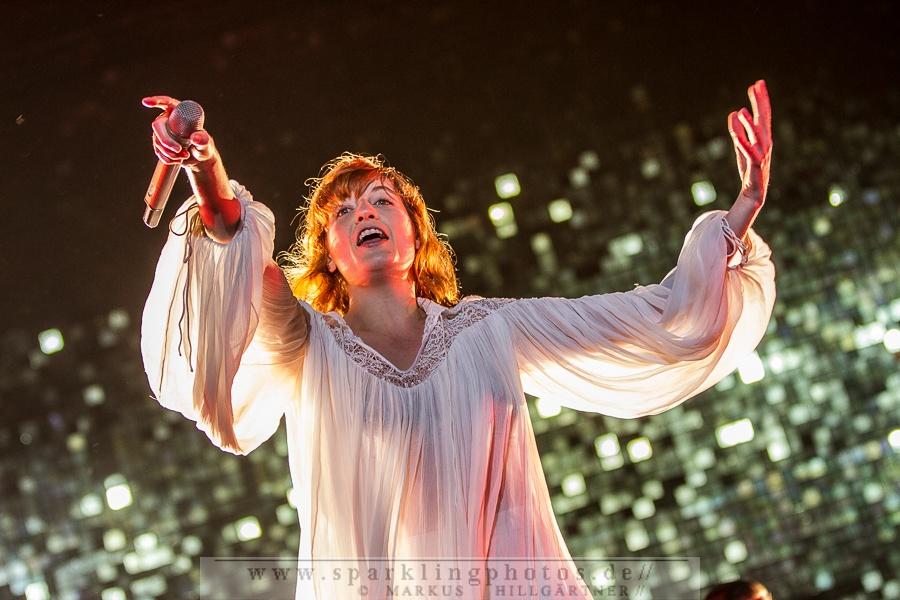 2015-06-19_Florence_And_The_Machine_-_Bild_001.jpg