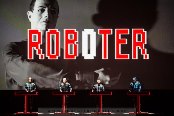 Preview : KRAFTWERK präsentieren im November Live-Shows mit speziellen 3-D Projektionen