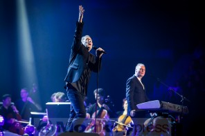 "OMD gehen Ende 2017 auf ""The Punishment of Luxury"" Tour"