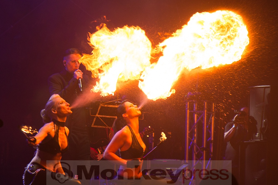 Feuershow - made by Blutengel