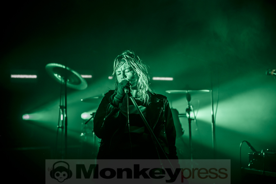 Fotos: CRYSTAL CASTLES