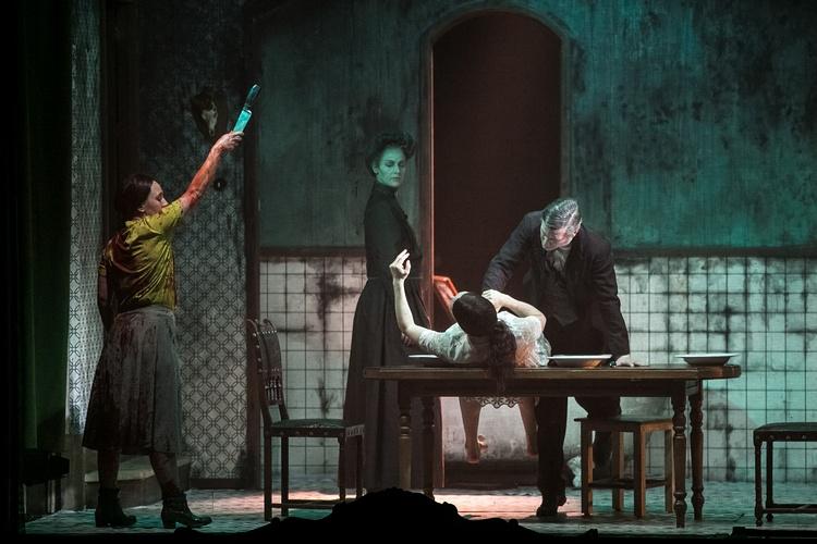 HORROR - Ein atemberaubender Alptraum (Theaterstück) - London, Peacock Theatre (28.05.2017)