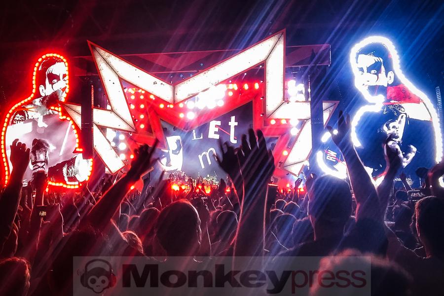 2017-06-28 Robbie Williamsx