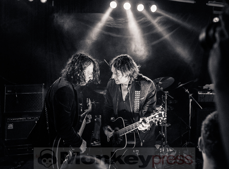 Dead Guitars, © Michael Gamon