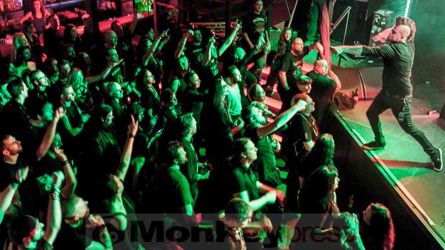 Fotos: FUTURE LIED TO US
