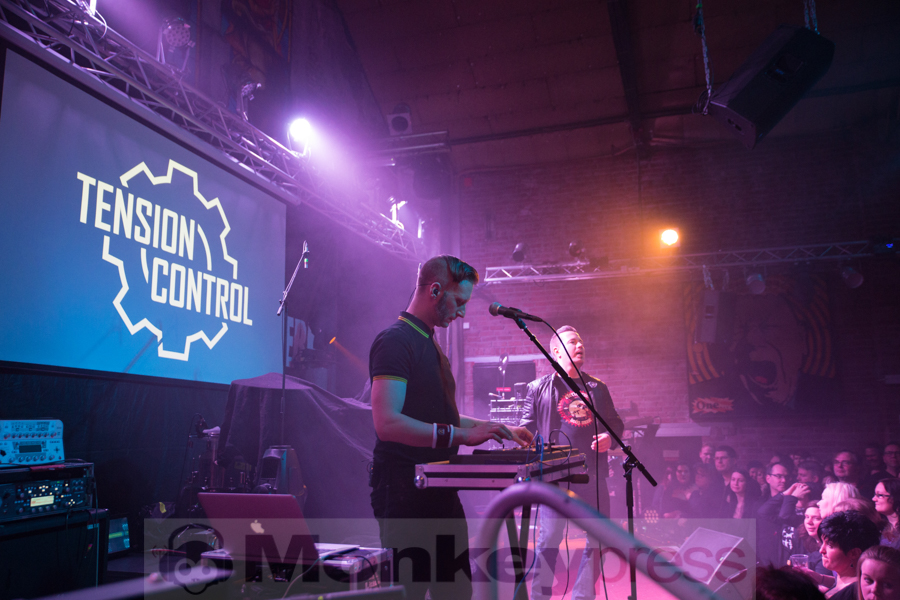 Tension Control © Angela Trabert