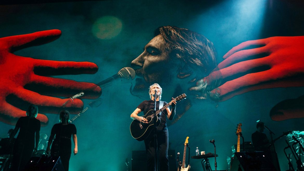 """ROGER WATERS auf """"Us + Them"""" Tour"""