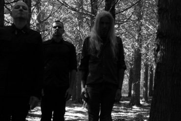 """STILLE VOLK kehren zu Prophecy Productions zurück und kündigen """"Milharis"""" an"""
