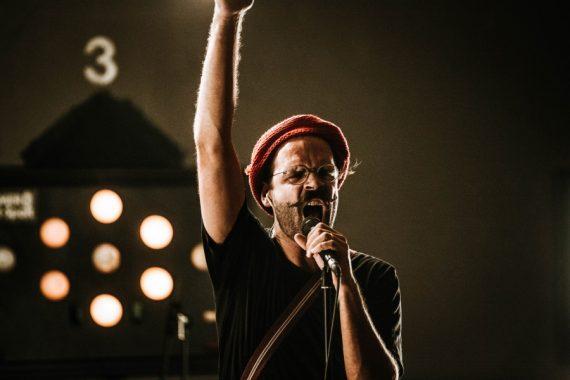 Monkeypress präsentiert: DAS DING AUSM SUMPF live im Stream